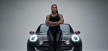 """""""Super Bowl"""" transliacijoje – milijonai už automobilių reklamas"""