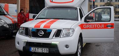 Medikai įsigijo visureigį-greitosios pagalbos automobilį