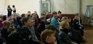 KTU Vaikų universitetas jaunimą pakvietė į teismą
