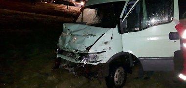 Lietuvoje paskutinį sausio savaitgalį pasipylė avarijos: viena iš jų – mirtina