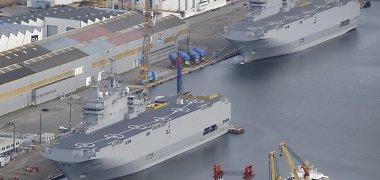 """Egiptą pasiekė pirmas iš dviejų Rusijai gamintų """"Mistral"""" laivų"""
