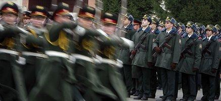 Ukraina atnaujina privalomąją karo tarnybą