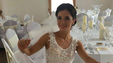 Irūna Puzaraitė dar kartą apsivilko nuotakos suknelę