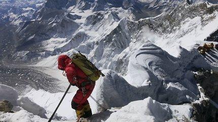 Po trijų metų pertraukos alpinistai vėl bandys pasiekti Everesto viršūnę