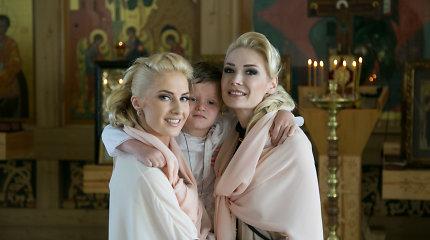 Natalija Bunkė ir Danielius Bunkus pakrikštijo sūnų Kristupą