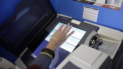 Rusijos programišiai Amerikoje gali taikytis ir į balsavimo mašinas