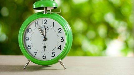 Patarimai, kaip išgyventi laiko persukimą