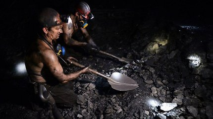 Sprogimas Donecko anglies kasykloje po žeme įkalino 73 šachtininkus