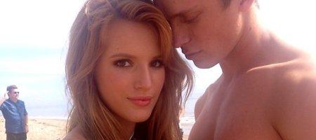 """""""Disney"""" žvaigždutė Bella Thorne išsiskyrė su mylimuoju Tristanu Klieru"""