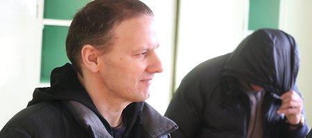 Narkotikų byloje teisiamiems Šiaulių policininkams – nuosprendis dėl smūgių kaminų meistrui