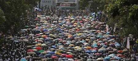 Kremliui lojali žiniasklaida apkaltino Vakarus protestų Honkonge organizavimu