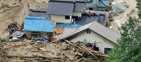 Japonijoje Hirosimos miestą užgriuvo didžiulė žemės nuošliauža