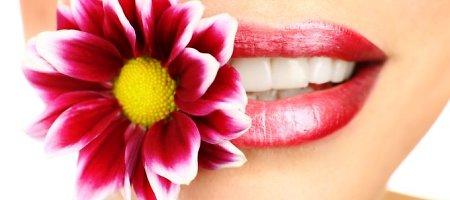 8 klaidos, kurias darote valydamiesi dantis