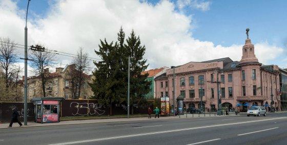 Vienas pirmųjų naujųjų kioskų Vilniuje