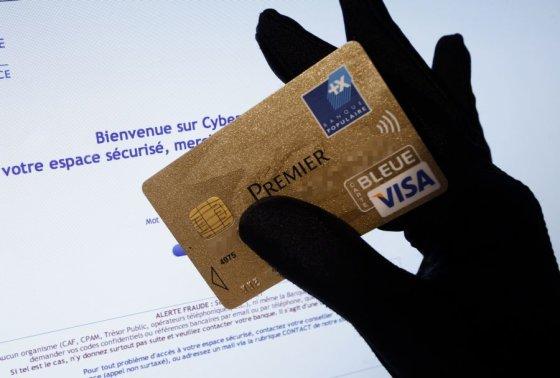 AFP/Scanpix nuotr./Sukčiams pavyko nemenkai papildyti savo kišenes.