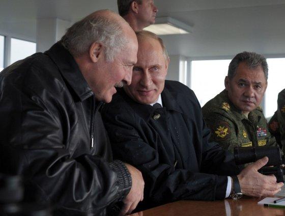 "AFP/""Scanpix"" nuotr./Aliaksandras Lukašenka ir Vladimiras Putinas"