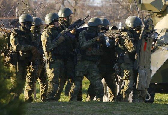 """Reuters""/""Scanpix"" nuotr./Belbeko karinės bazės šturmas"