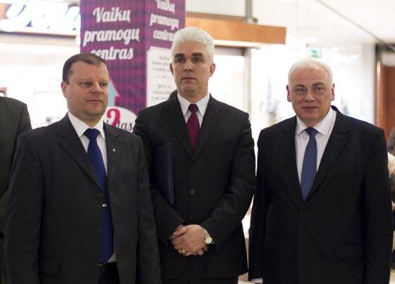 Irmanto Gelūno/15min.lt nuotr./Saulius Skvernelis, Žimantas Pacevičius ir Dailis Alfonsas Barakauskas