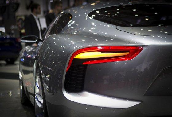 """Irmanto Gelūno/15min.lt nuotr./Dailiausias kupė Ženevoje - """"Maserati Alfieri"""" koncepcinis automobilis"""
