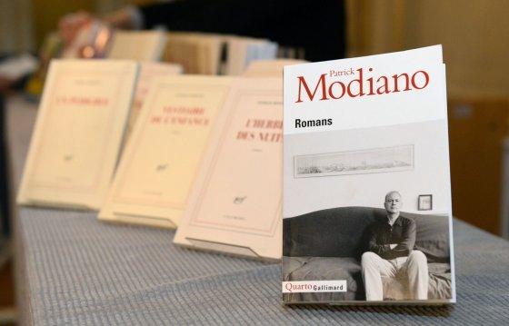 "AFP/""Scanpix"" nuotr./Patricko Modiano knygos"