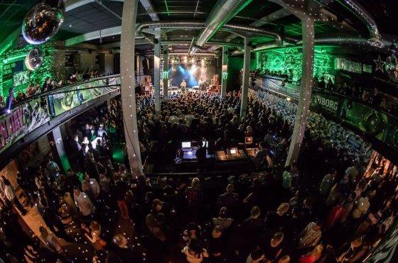 Visitestonia.com nuotr./Estijos sostinėje žiemą vykstą daug muzikos renginių.