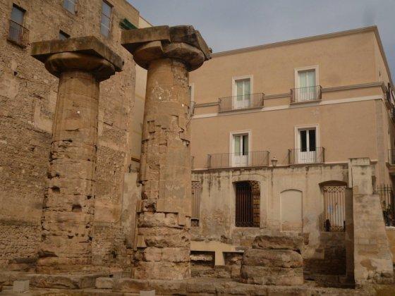 Graikų laikus menančios kolonos Tarante