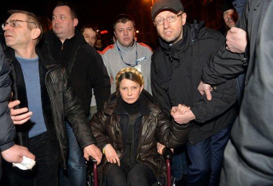 "AFP/""Scanpix"" nuotr./Julija Tymošenko ir Arsenijus Jaceniukas"