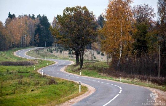 Gintaras Stalauskas nuotr. /Link Bobutės kalniuko. Kelias Molėtai-Alanta