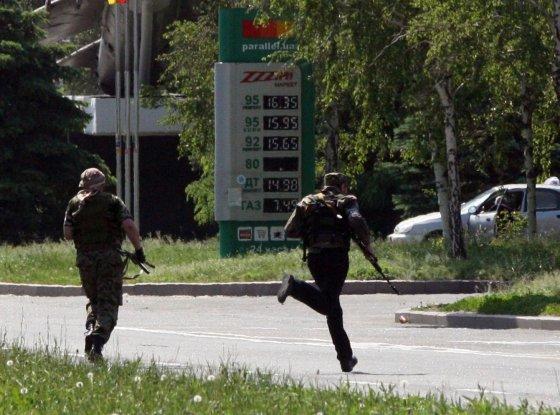 """AFP/""""Scanpix"""" nuotr./Prorusų teroristai Donecke"""