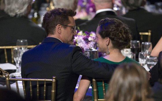 """Reuters""/""Scanpix"" nuotr./Robertas Downey jaunesnysis su žmona Susan"