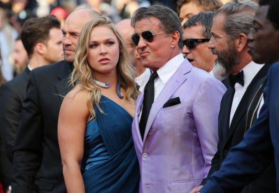 "AFP/""Scanpix"" nuotr./Ronda Rousey ir Sylvesteris Stallone"