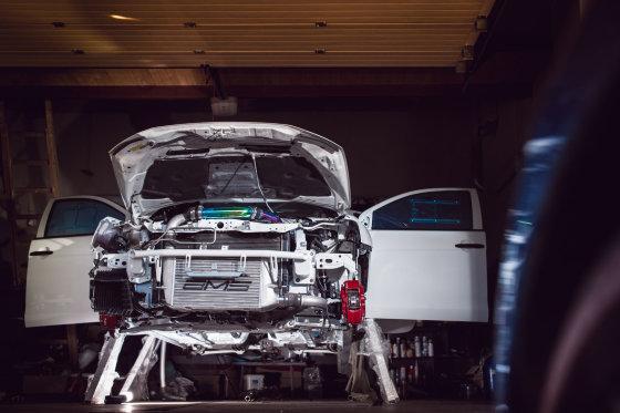 """Algirdo Venskaus/Waska.lt nuotr./Ugniaus Žiedavičiaus """"Mitsubishi Lancer Evo X"""""""