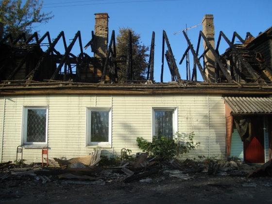 Gyventojos Jolantos nuotr./Taip namas Krokuvos gatvėje atrodė iš karto po gaisro