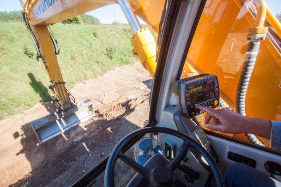 """AB """"Panevėžio keliai"""" nuotr./Pazangi įrenginių valdymo sistema, paremta GPS"""