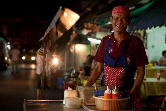 123rf.com nuotr./Gatvės maisto pardavėjas Tailande