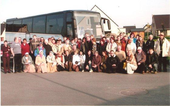Dalės Kemundrienės nuotr./Belgijoje su mus svetingai sutikusia miestelio bendruomene