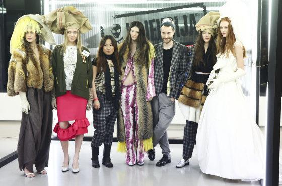 Luko Balandžio/Žmonės.lt nuotr./Jing Jing Qi ir Robin Rau kolekcijos modeliai
