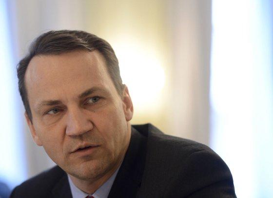"""AFP/""""Scanpix"""" nuotr./Lenkijos užsienio reikalų ministras Radoslawas Sikorskis"""
