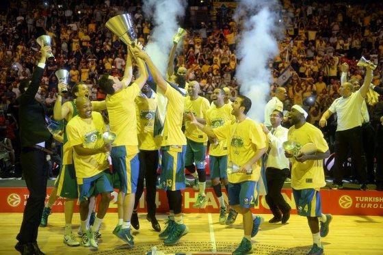 """AFP/""""Scanpix"""" nuotr./""""Maccabi"""" krepšininkai – Eurolygos čempionai"""