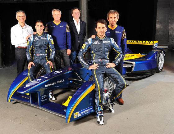"""""""Renault"""" nuotr./""""Renault"""" automobilių sporte jau 115 metų"""