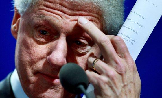 """AFP/""""Scanpix"""" nuotr./Billas Clintonas 2008 m."""