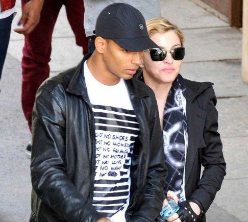 """Scanpix""/""Sipa Press"" nuotr./Brahimas Zaibatas ir Madonna"