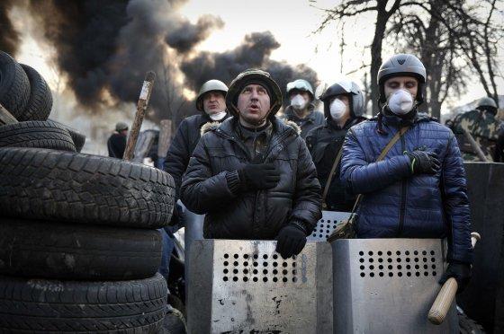 """AFP/""""Scanpix"""" nuotr./Protestuotojai Kijeve"""