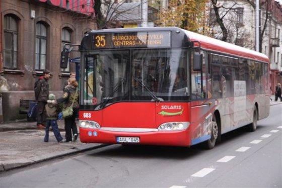 Eriko Ovčarenko/15min.lt nuotr./Autobusas Kaune.