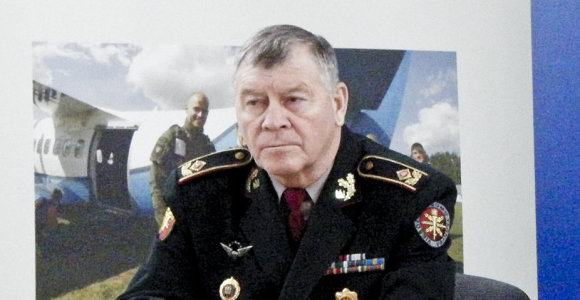 V.Landsbergis pasiūlė Laisvės premiją įteikti buvusiam VST vadui S.Madalovui