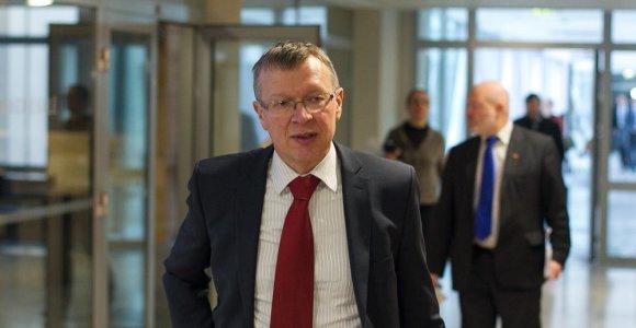 Kęstutis Masiulis siūlo parlamentui naikinti privilegiją prezidento sutuoktiniui gauti rezidenciją