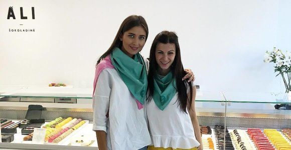 Neseniai ištekėjusi Patricija Gadžijeva ir Laura Mazalienė surengė šventę vaikų namų globotiniams