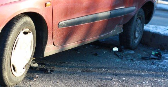 """Dėl girto """"Renault"""" vairuotojo pusnyje atsidūręs telšiškis pavijo erelį ir atėmė raktelį"""