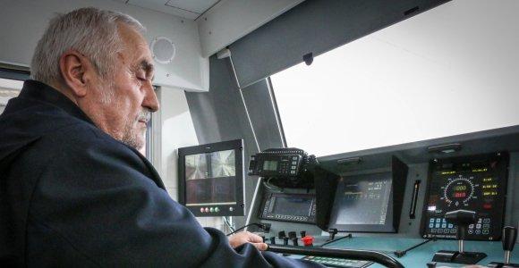Traukinio mašinisto dalia: jei dirba ilgai, mirtinų nelaimių ant bėgių neišvengs