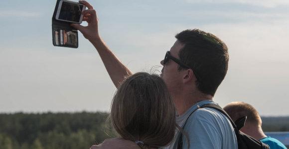 Pažinti Anykščius bus lengviau – turistai naudosis išmaniosiomis programėlėmis